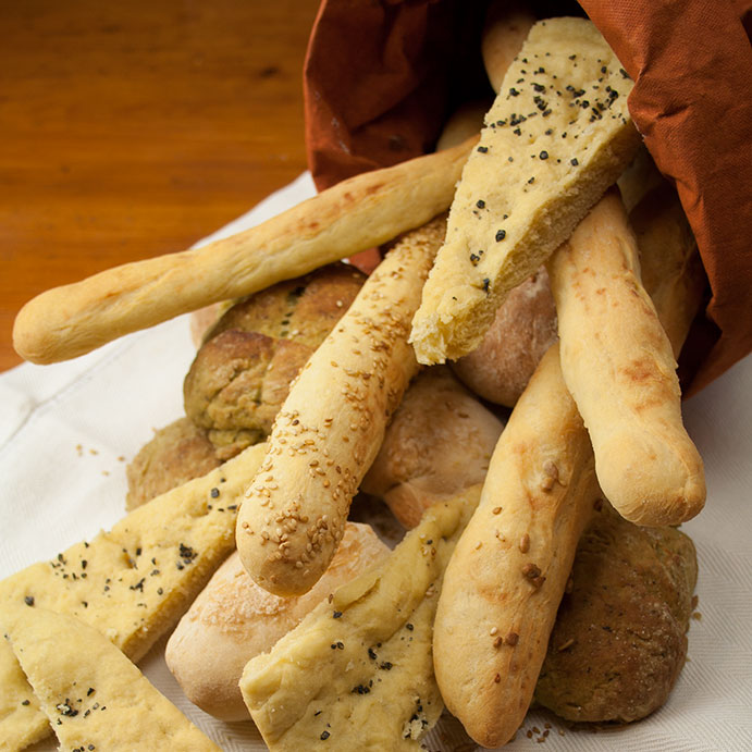 Pane fatto in casa. Grissini, focaccia, panini. Cucino di te. Foto di Giorgio Giorgetti, personal chef Varese Como Milano Lombardia.