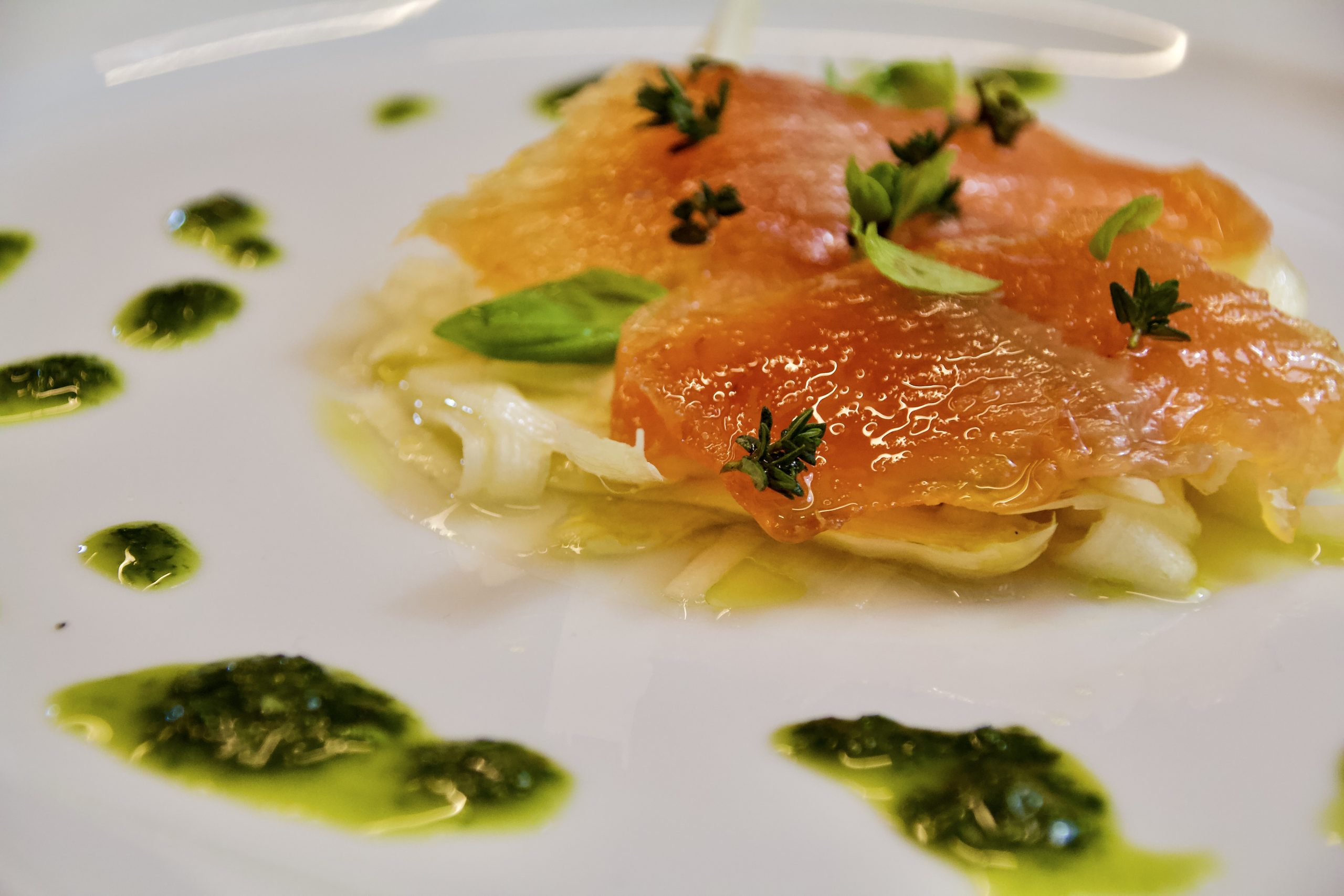 Carpaccio di asparagi bianchi di Cantello e trota marinata - Cucino di Te